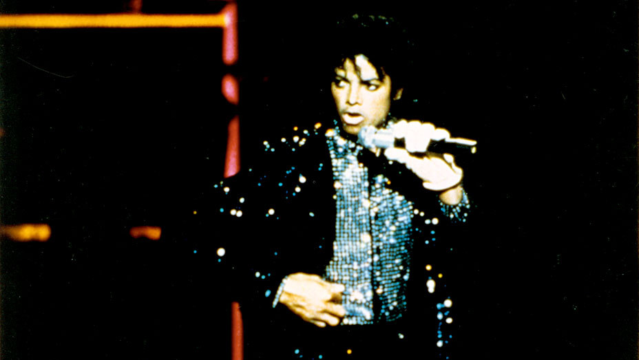 Motown 25 Yesterday, Today, Forever (NBC) TV Special  1983 - Michael Jackson- Photofest-EMBED 2018