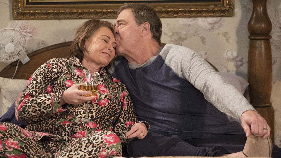 Roseanne Still 2 Knee Deep Episode - Publicity - H 2018