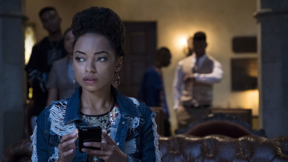 DEAR WHITE PEOPLE S02E01 Still - Publicity - H 2018