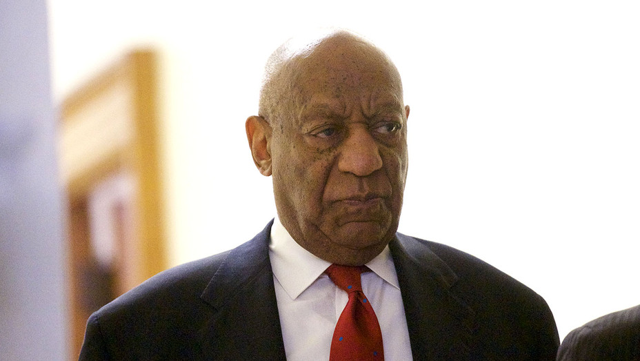 Bill Cosby walks after it was announced a verdict - April 26, 2018 - Getty-H 2018
