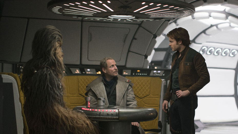 Solo A Star Wars Story Still 13 - Publicity - H 2018