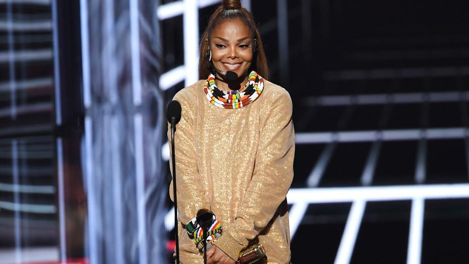 Janet Jackson at Billboard Music Awards - H Getty 2018