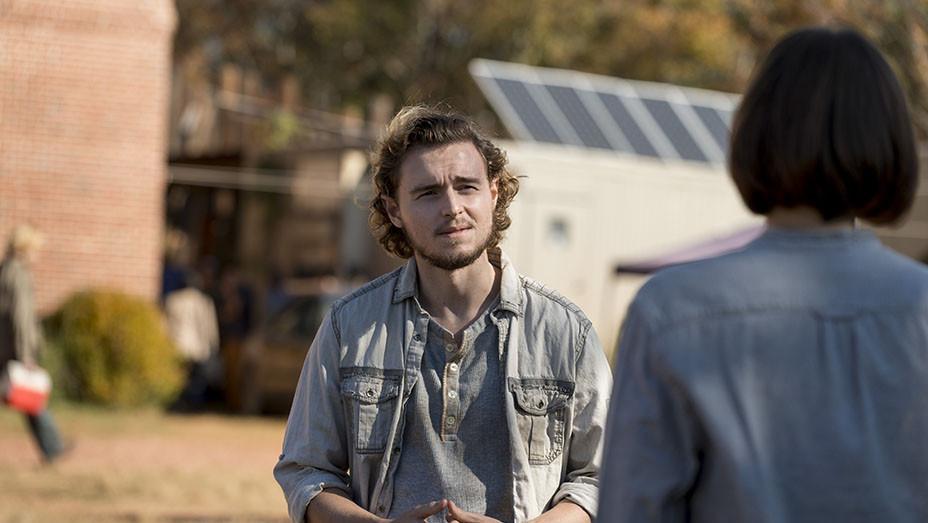 The Walking Dead Season 8 Episode 16 - Publicity - EMBED 2018