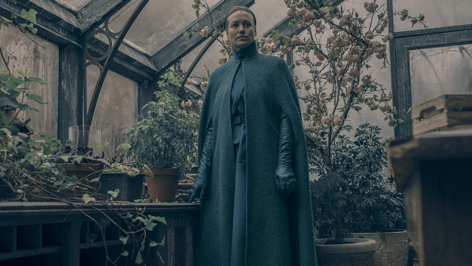 Handmaid's Tale - Smart Power - Episode 209 -Yvonne Strahovski - H 2018