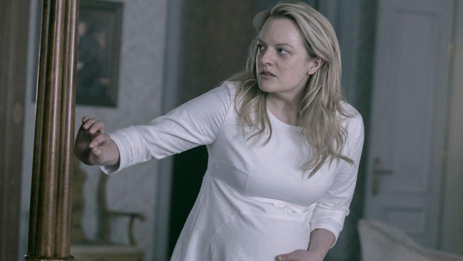 The Handmaid's Tale - The Last Ceremony - Episode 210 - Elisabeth Moss)-H 2018