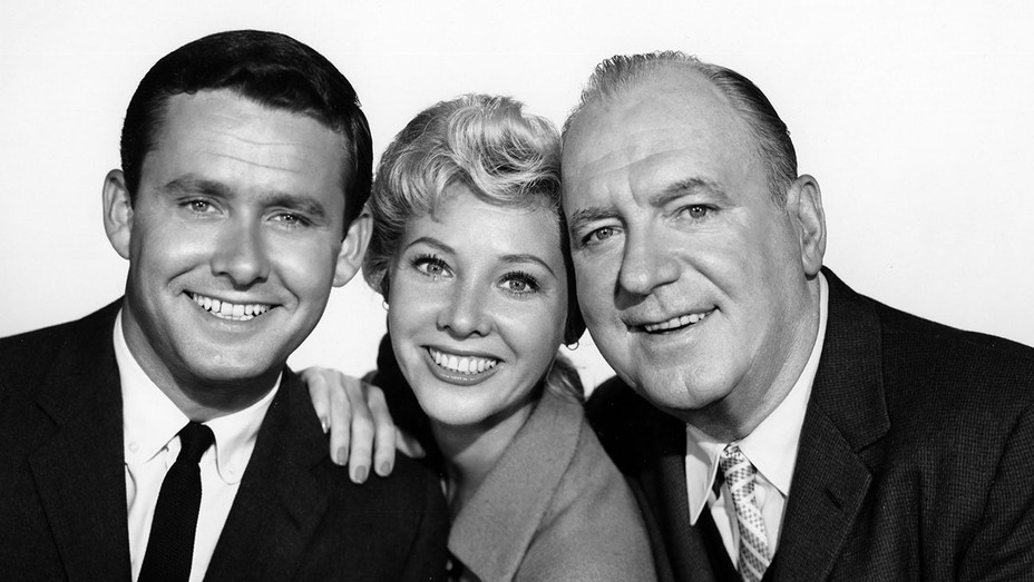 Harrigan and Son (ABC) TV Series 1960–1961  S- Roger Perry, Georgine Darcy, Pat O'Brien-Photofest-H 2018