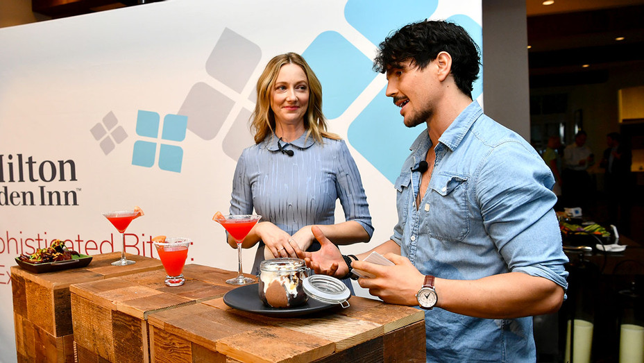 Hilton Garden Inn Sophisticated Bites Menu Reveal Event - Judy Greer and Dan Churchill - Getty-H 2018