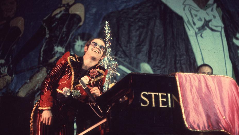 Elton John_1974 - Getty - H 2018