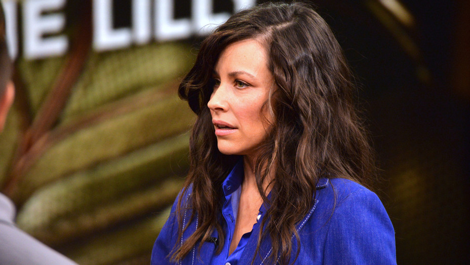Evangeline Lilly visits Univision - Getty - H 2018