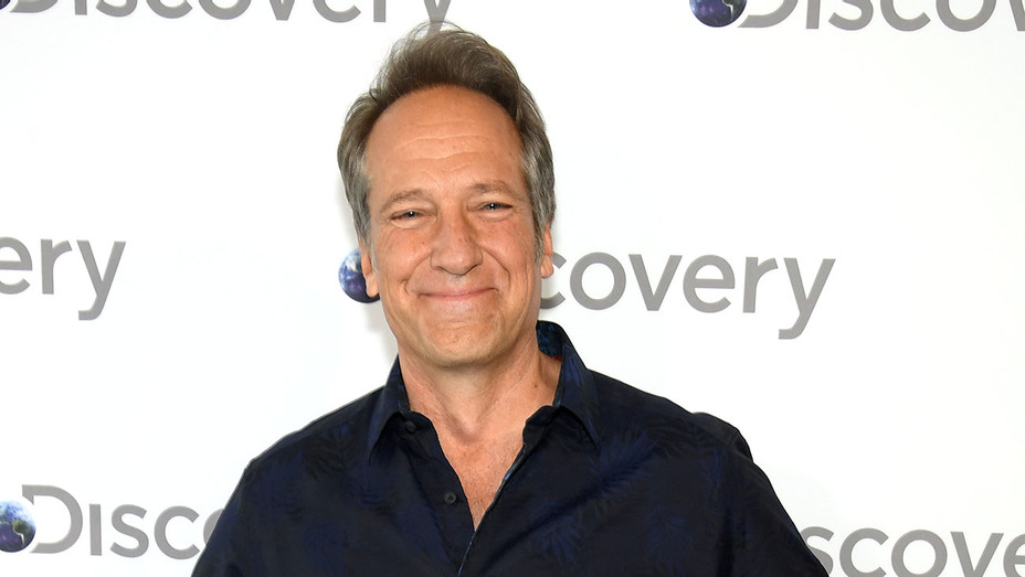 Mike Rowe attends the Discovery Upfront 2018  -  Getty-H 2018