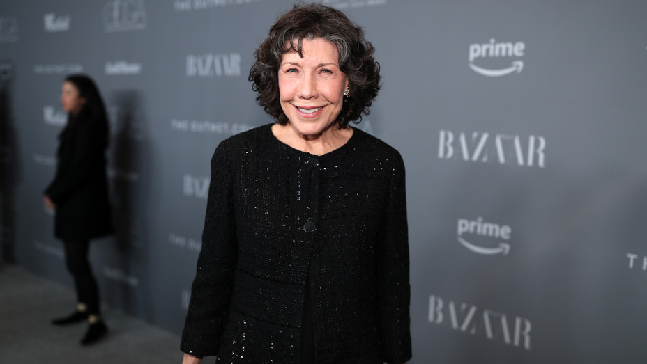 Lily Tomlin attends the Costume Designers Guild Awards - Getty - H 2018