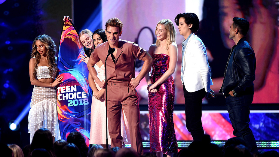 Riverdale cast - Teen Choice Awards - H Getty 2018