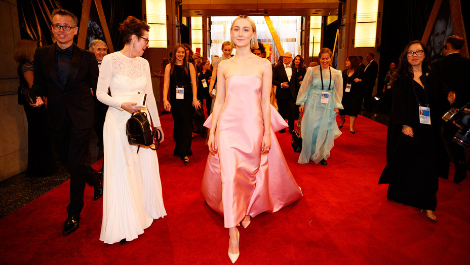 Saoirse Ronan attends the 90th Annual Academy Awards - Getty - H 2018