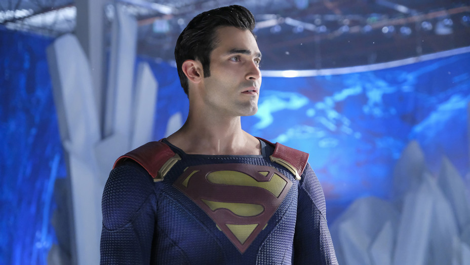Tyler Hoechlin as Superman in Supergirl - Publicity - H 2018