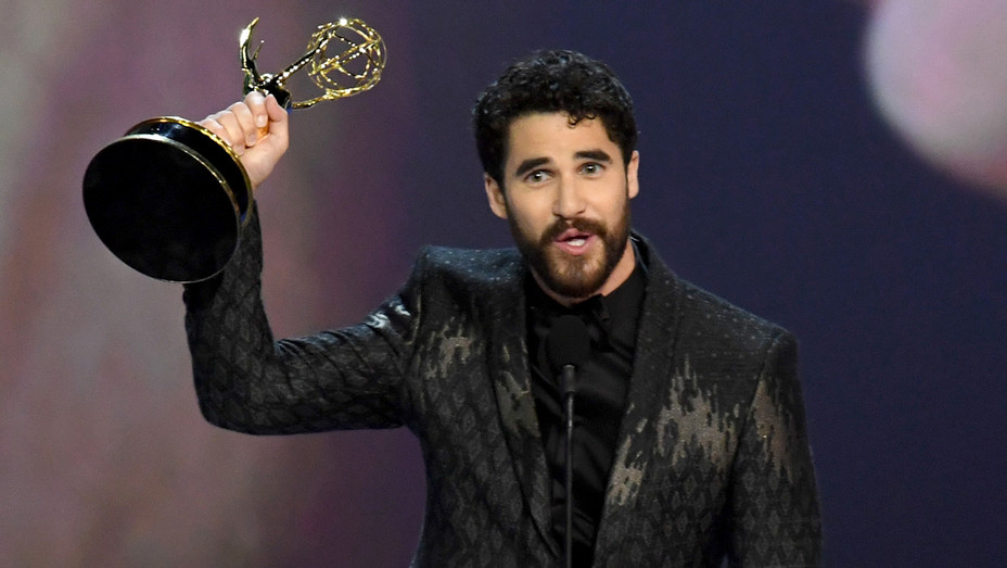 Darren Criss accepts his Emmy - Getty - H 2018