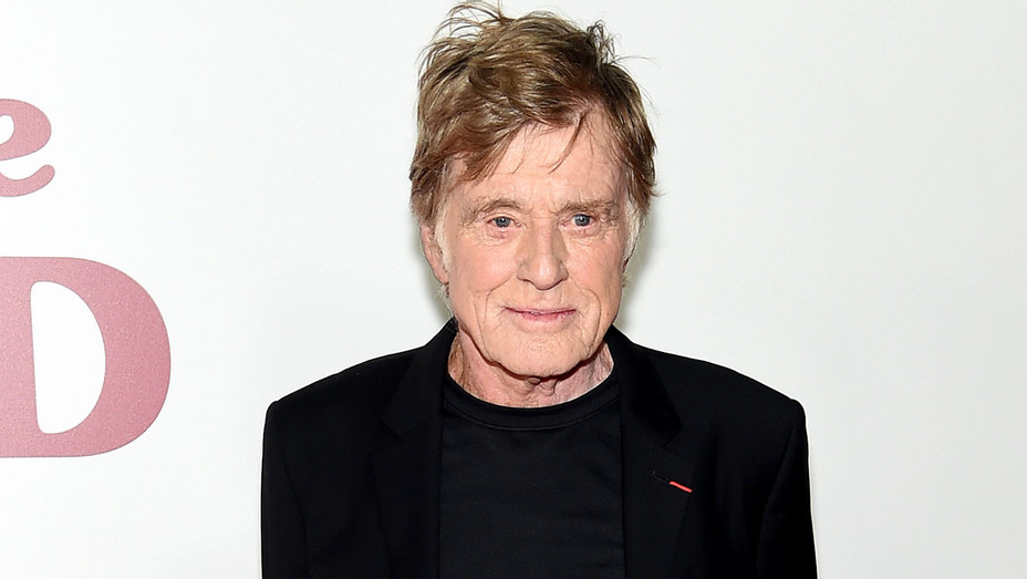 """Robert Redford attends the """"The Old Man & The Gun"""" premiere - Getty-H 2018"""