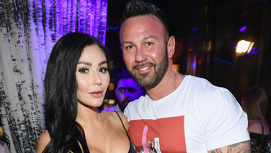 """Jenni 'JWoww' Farley and Roger Mathews attend MTV's """"Jersey Shore Family Vacation"""" - Getty-H 2018"""