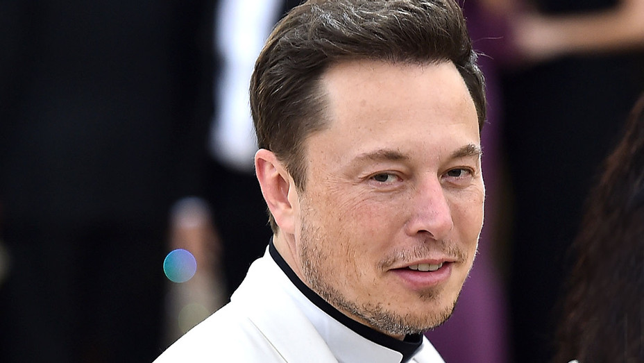 Elon Musk - Heavenly Bodies: Fashion & The Catholic Imagination Costume Institute Gala - Getty-H 2018
