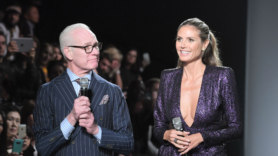 Heidi Klum Tim Gunn Exit Project Runway For Amazon Fashion Show Hollywood Reporter
