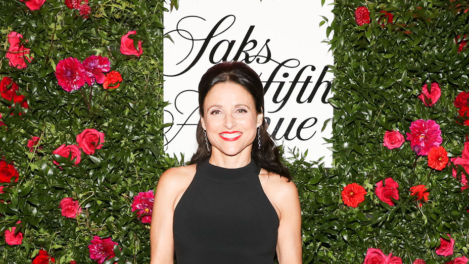 20th Anniversary Key To The Cure Cocktail Event Julia Louis-Dreyfus - Publicity- H 2018