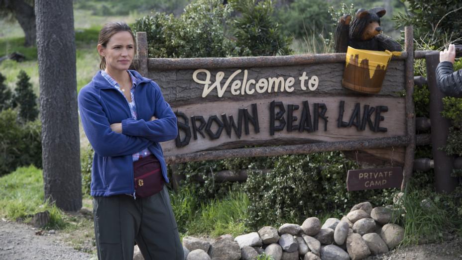 Jennifer Garner in 'Camping' - H HBO 2018
