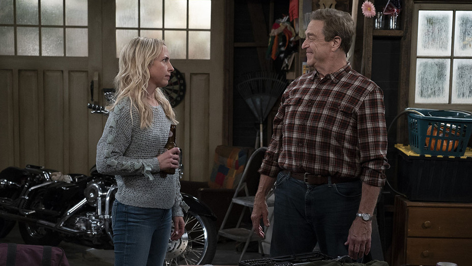 """THE CONNERS - """"Tangled Up in Blue"""" - LECY GORANSON, JOHN GOODMAN- Publicity-H 2018"""