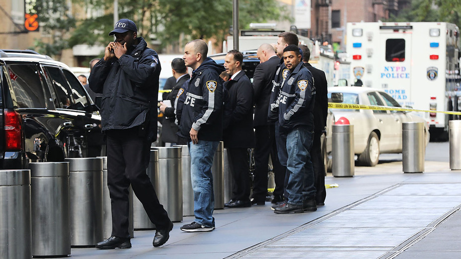 Police gather outside the Time Warner Center after an explosive device was sent to the CNN offices - October 24, 2018 - Getty-H 2018