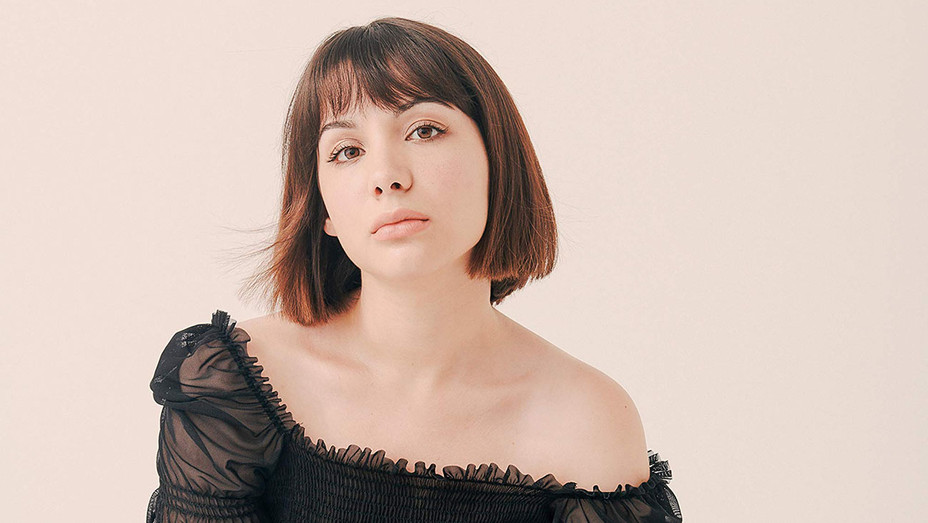 Hannah Marks ONE TIME USE - Publicity - H 2018