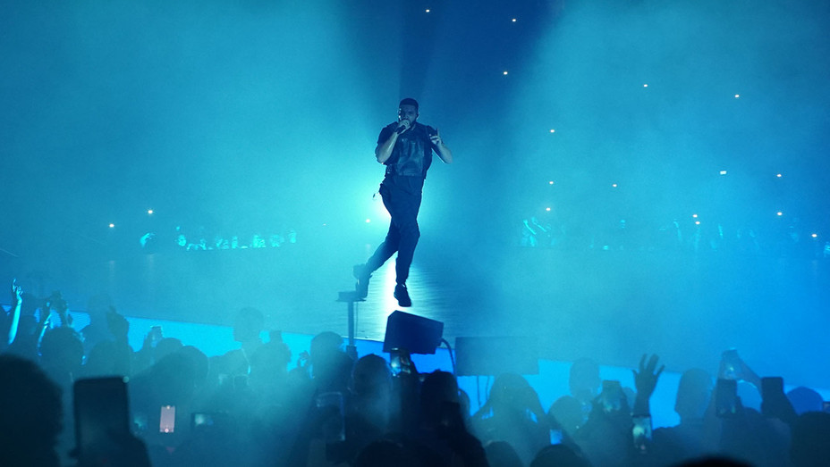 Drake's new tour with Migos - Courtesy of Evgeny Arkhipov Publicity - H 2018
