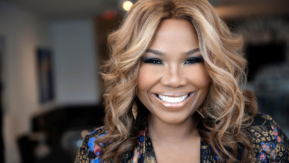 Mona Scott-Young Headshot- Publicity-H 2018