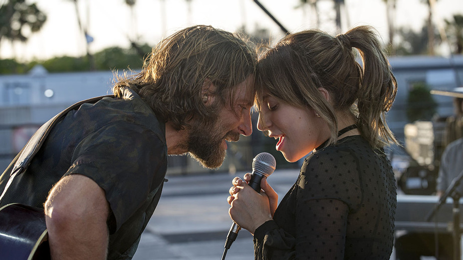 A STAR IS BORN Still 1 - Publicity -H 2018