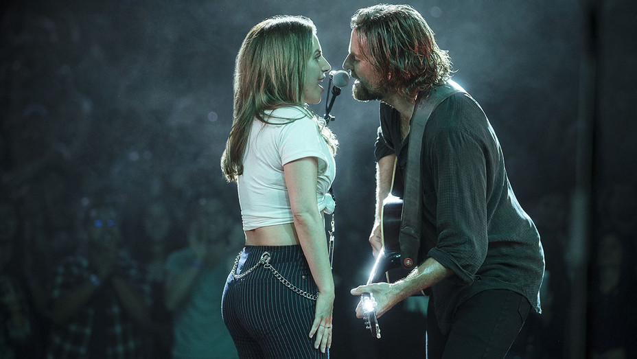 A STAR IS BORN Still 6 - Publicity -H 2018