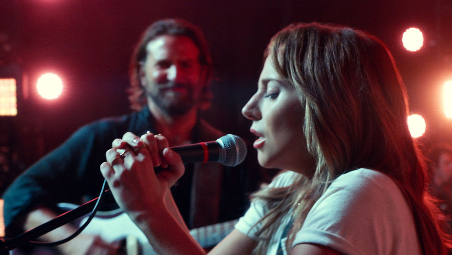 A STAR IS BORN Still 11 - Publicity -H 2018
