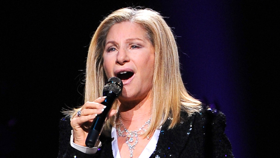 Barbra Streisand performs at Air Canada Centre-Getty-H 2018