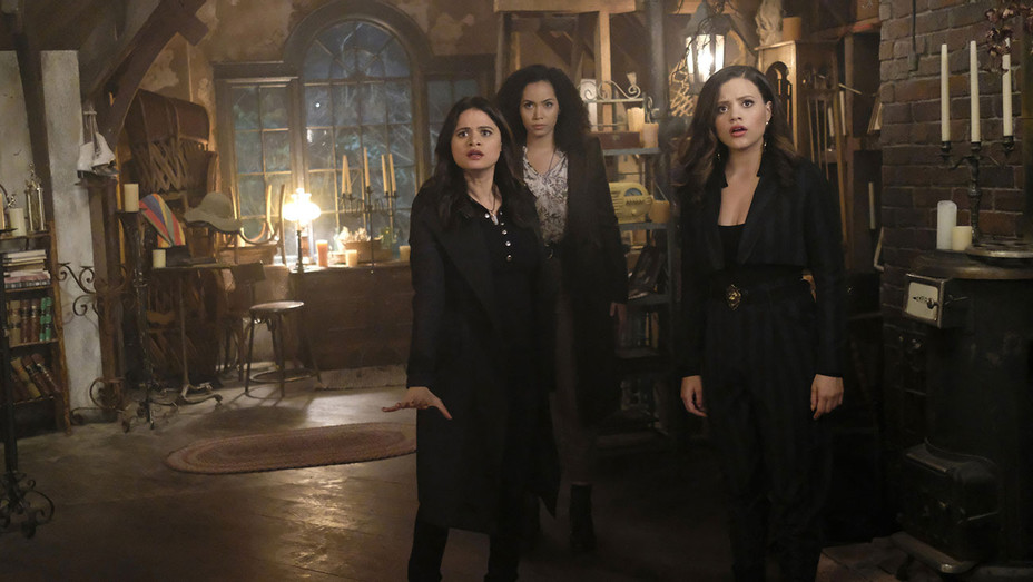 Charmed - Out of Scythe - Melonie Diaz -Madeleine Mantock- Sarah Jeffery-H 2018