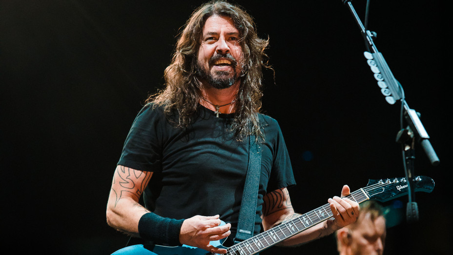 Dave Grohl performs - Getty - H 2018