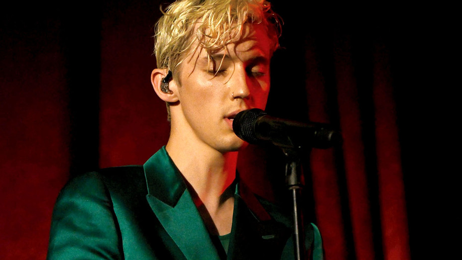 Troye Sivan performs in concert at Radio City Music Hall on October 9, 2018 - Getty-H 2018