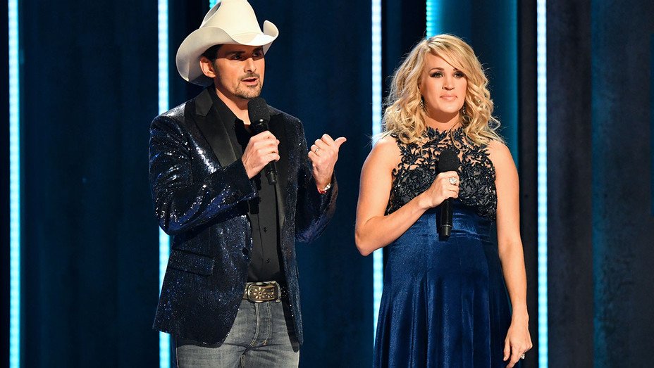 52nd annual CMA Awards - Brad Paisley and Carrie Underwood -November 14, 2018- Getty-H 2018