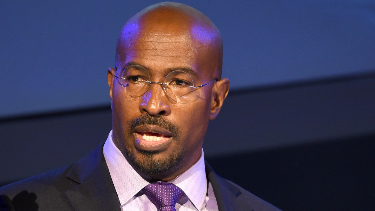 """Van Jones in Tears on CNN: """"This is Vindication For a Lot of People Who Really Have Suffered"""""""