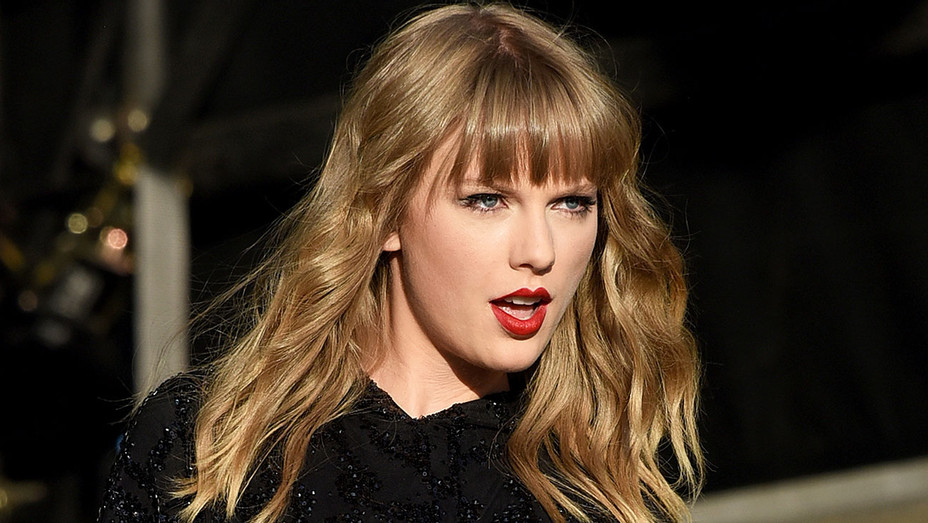 Taylor Swift performs during day 2 of BBC Radio 1's Biggest Weekend 2018 - Getty 2-H 2018