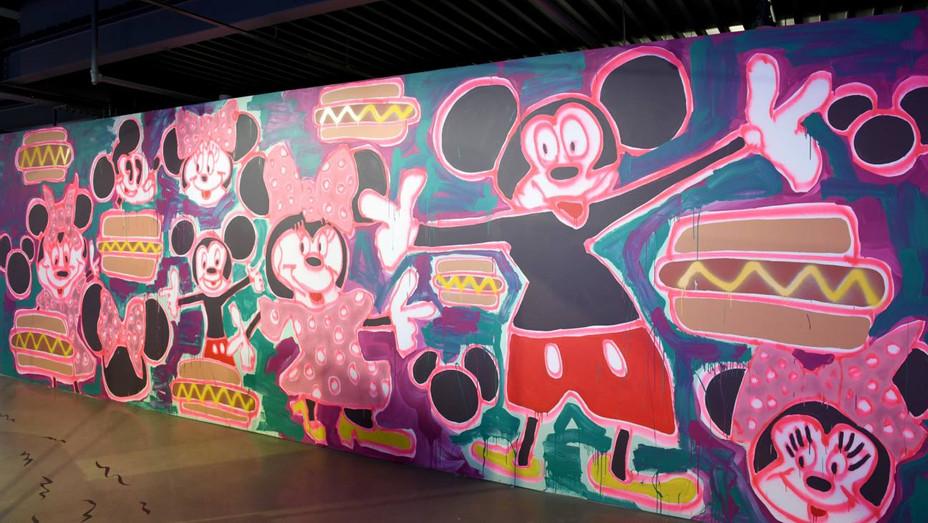 Katherine Bernhardt Mickey Mouse Mural - Publicity - H 2018