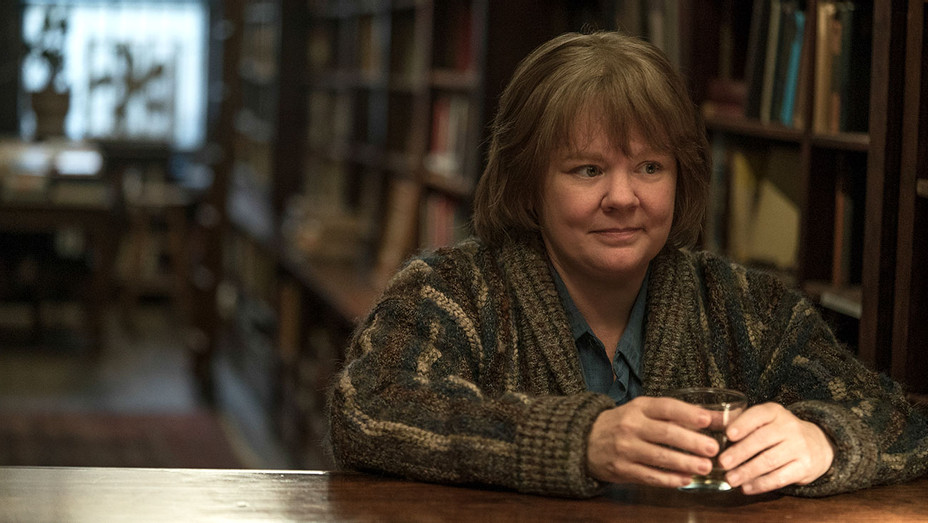 Playbook-Can You Ever Forgive Me-Melissa McCarthy-Publicity Still-H 2018