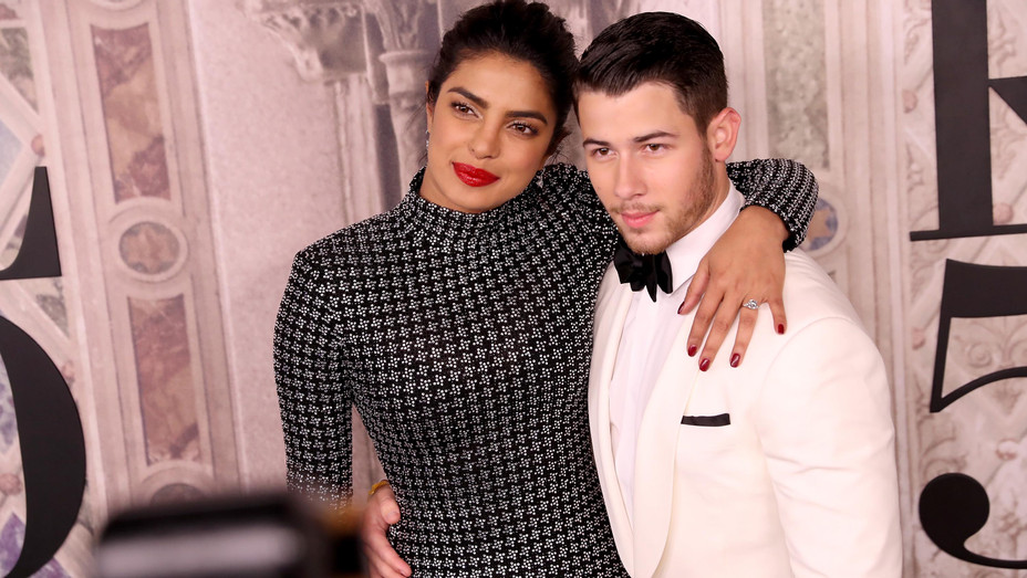 Priyanka Chopra and Nick Jonas - Getty - H 2018