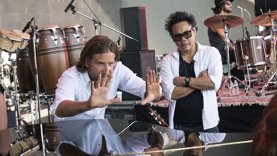 A Sar is Born - On set with Director of Photography MATTY LIBATIQUE and BRADLEY COOPER -H 2018