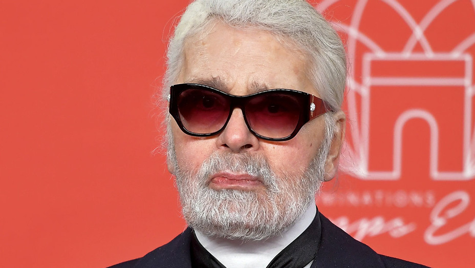 Karl Lagerfeld attends the Christmas Lights Launch On The Champs Elysees - Getty-H 2018