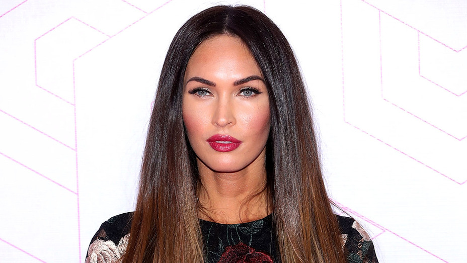 Megan Fox attends the Liverpool Fashion Fest - Getty-H 2018