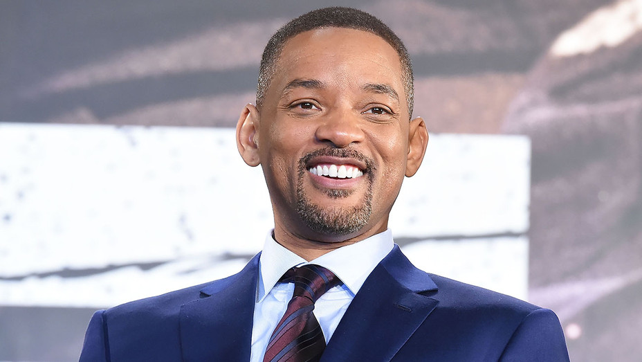 Will Smith attends the premier event of 'Bright' at Roppongi Hills - Getty-H 2018