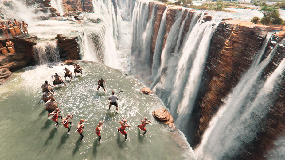 Black Panther's scene - Warrior Falls- CG water effects - Publicity-H 2018
