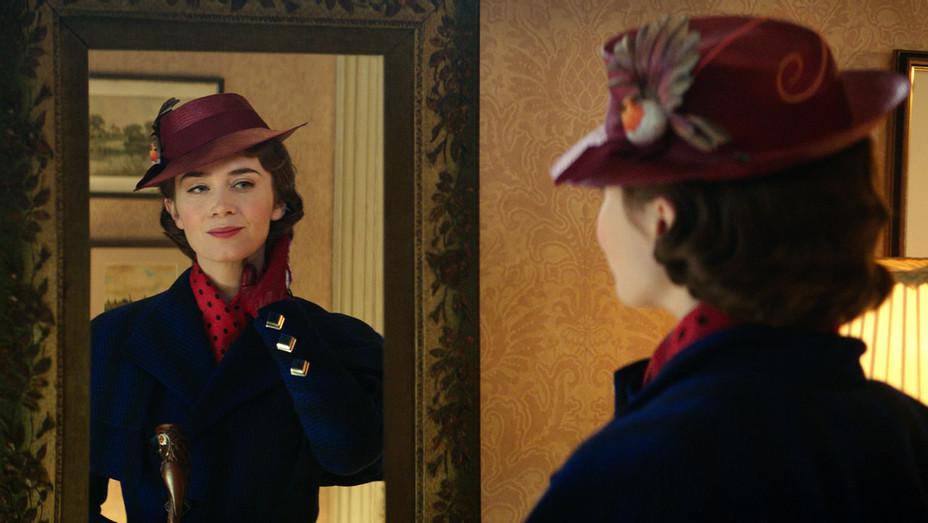 Mary Poppins Returns-Publicity Still 3-H 2018