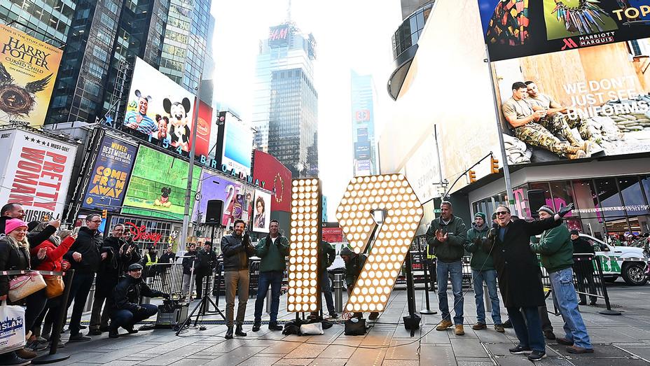 Times Square numbers New Year's Eve - H Getty 2018